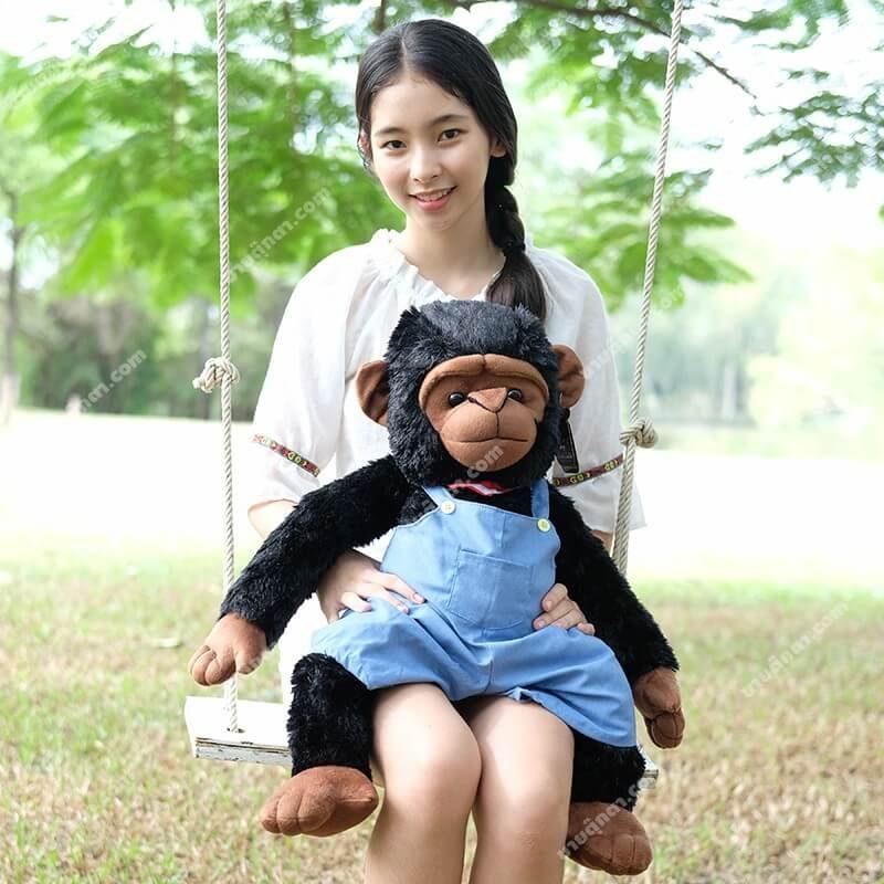 ตุ๊กตาลิงใส่เอี้ยมยีนส์ ขนาด 70 เซนติเมตร